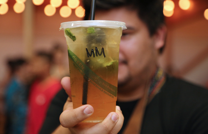 Eyebrows on fleek for Tea on Fleek's mango mojito tea.