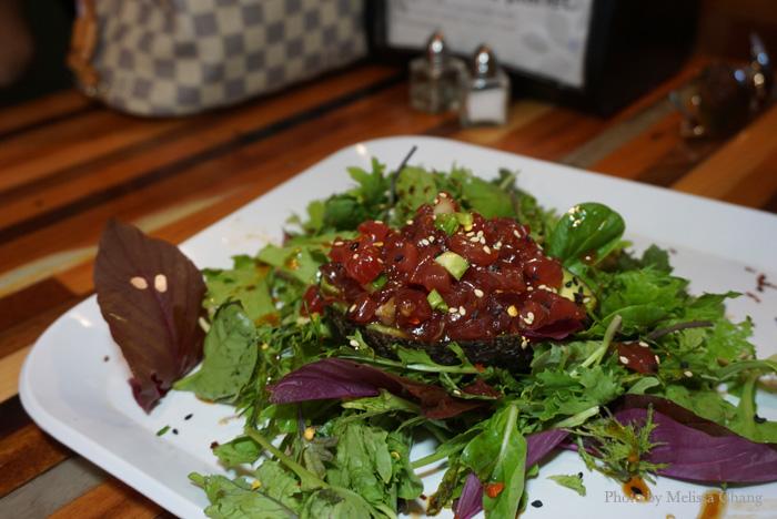 Poke tartare salad at HiBlend (market price).
