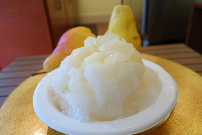 Pear shave ice at Lemona.
