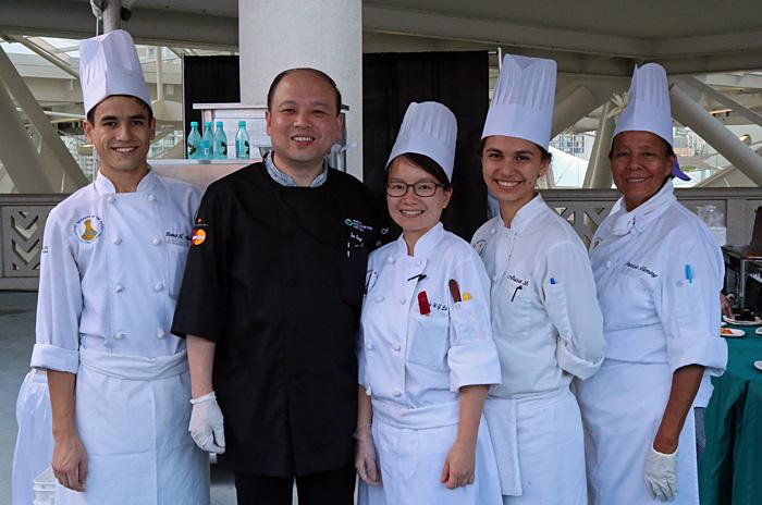 Shanghai chef Jun Peng and crew.