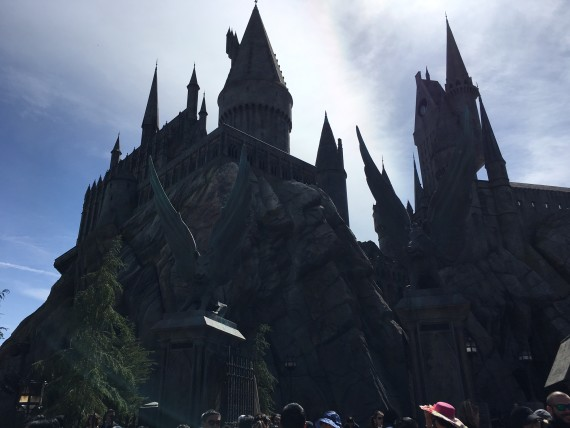 Prepare to enter Hogwarts, and also to wait about an hour in line