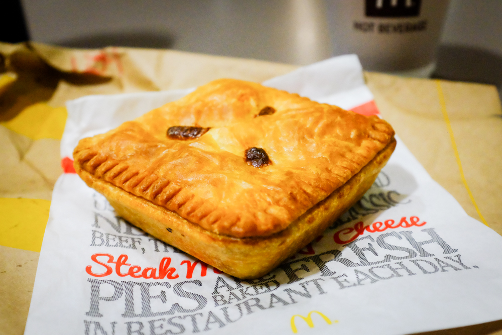 The Georgie Pie bacon'n'egg makes me so envious. Think of bacon and cheese scrambled eggs encased in a buttery flaky pastry crust. Yeah. That's a Georgie pie at breakfast time.