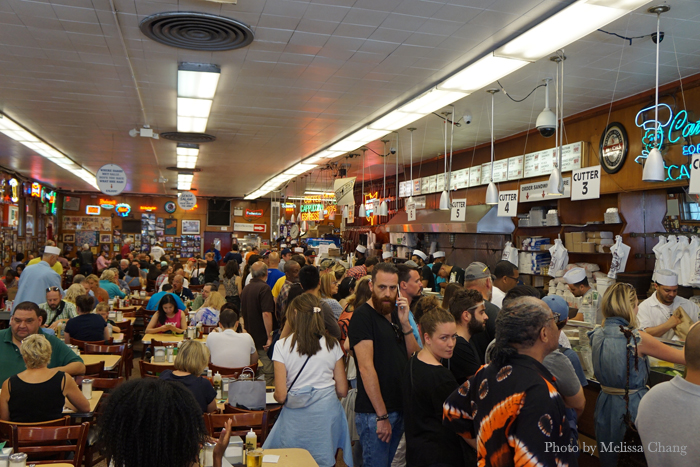 The chaos in Katz's.
