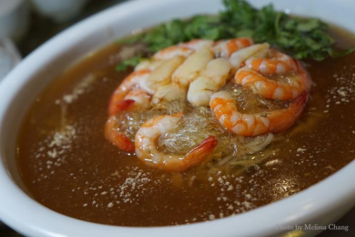 Auspicious soup: Crab, shrimp, ham and mushrooms.