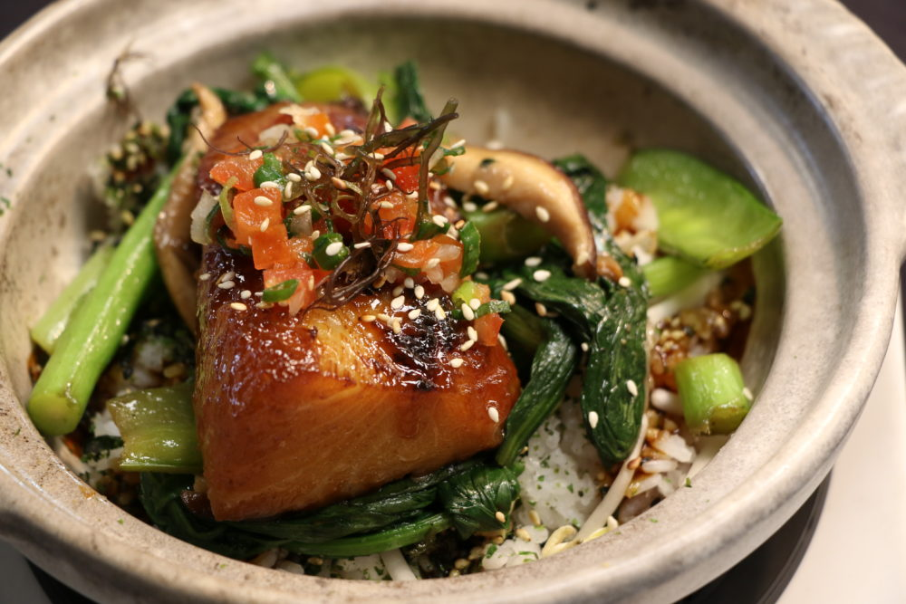 Eating House 1849 puts a spin on Roy's iconic Misoyaki Butterfish with the Butterfish Kamameshi hot stone bowl and creates and new iconic dish. We're looking forward to having this on Oahu!