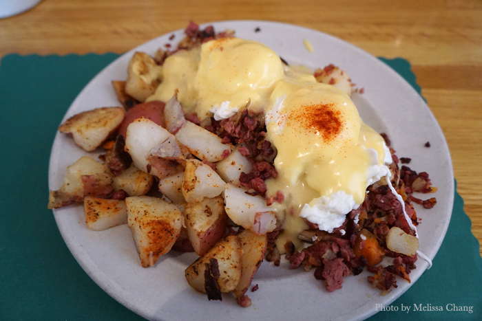 Eggs Irish ($9.99), basically a corned beef hash Benedict. Super filling!