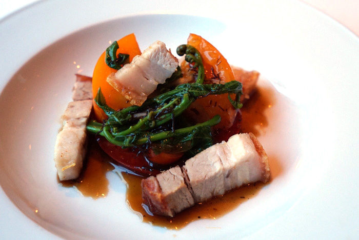 Lechon: crispy pork belly with beefsteak tomatoes, Maui onion, fiddlehead ferns, and pickled ogo. Need I say more? You can't go wrong with crispy pork belly. This was paired with Domaine Pierre Guillemot, 2014 Savigny aux Serpentines Premier Cru from Burgundy.
