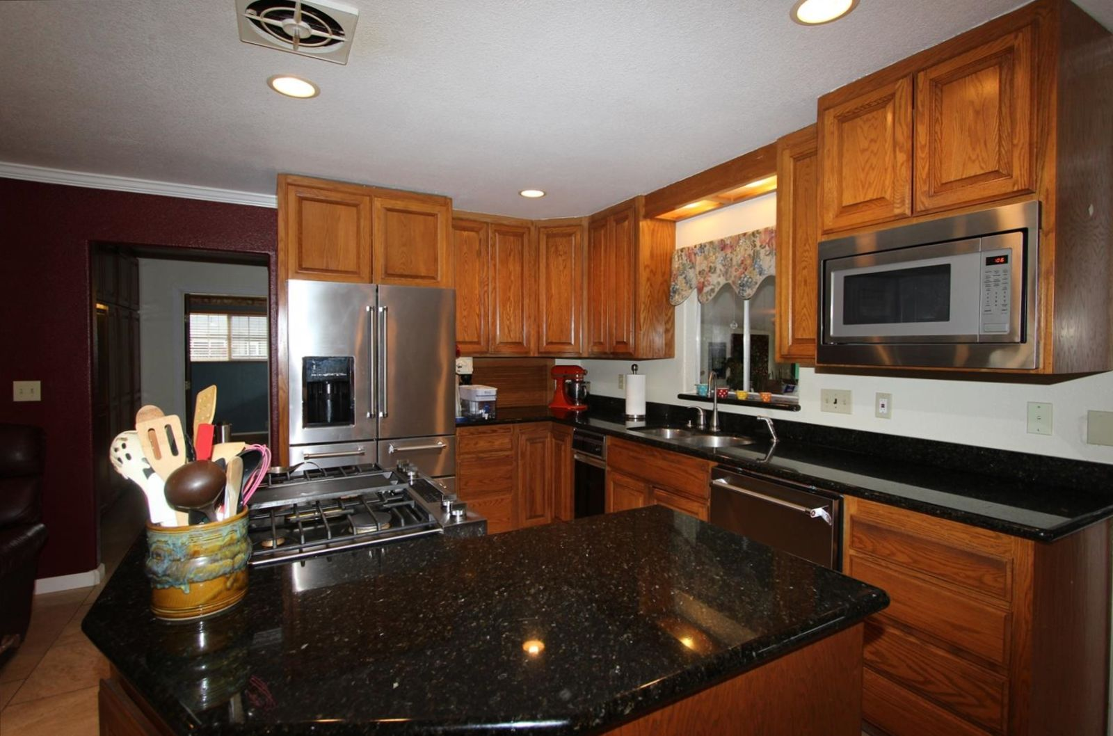 3795 Selvage Rd Santa Rosa Ca 95401 Rela # Muebles Jennifer Santa Rosa
