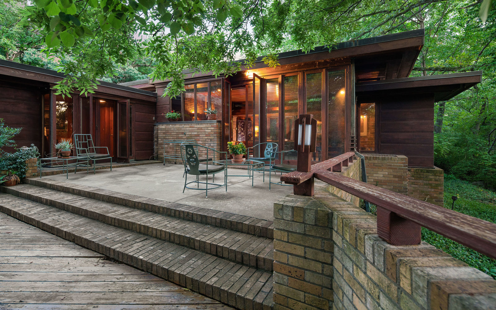 Twilight In Koi Pond >> 3600 Belleview Avenue Kansas City Missouri 64111 | SEVEN IMAGES