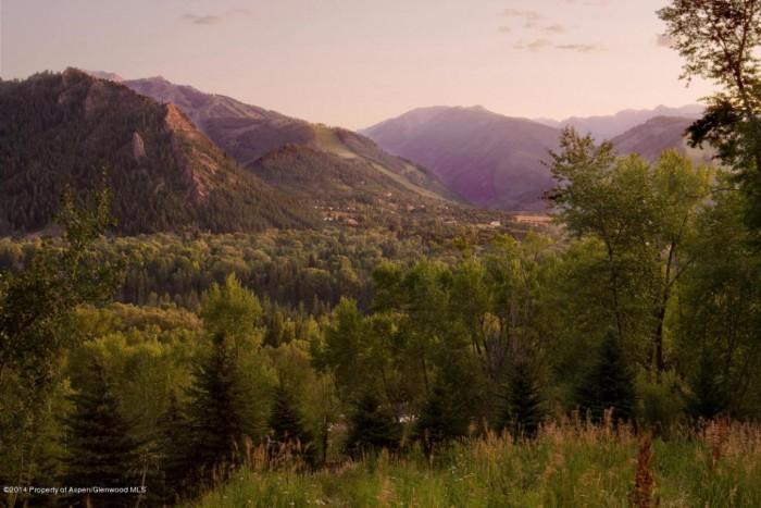 Hiking in Aspen Colorado