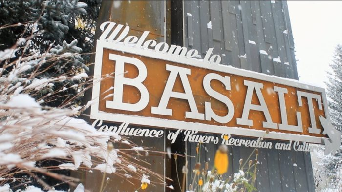 Welcome to Basalt Colorado sign.