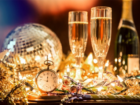 New Year's Eve Dinner & Disco 2020