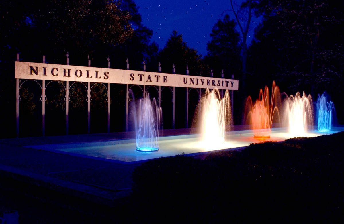 Love the Nicholls Fountain | Fundly