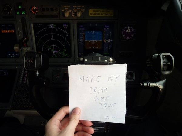 A Lionair's F/O, co-pilot on B737, a friend, ex ESMA's student, who's showing me his support.