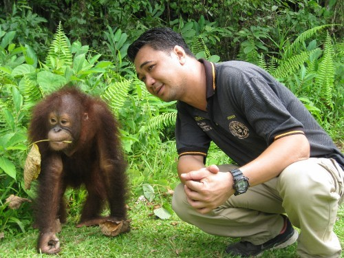 Irwan with Rubin (the Orangutan)