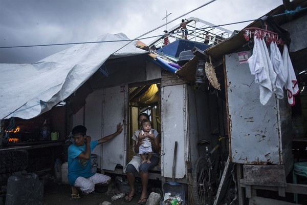 Makeshift home in Tacloban