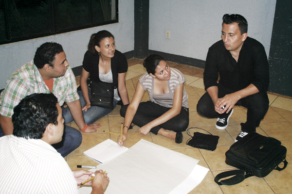 helping young Nicaraguan entrepreneurs with their business idea