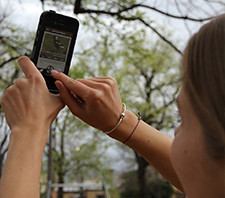 Student using ClimateWatch app