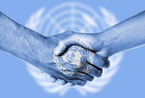 UN-shaking-hands