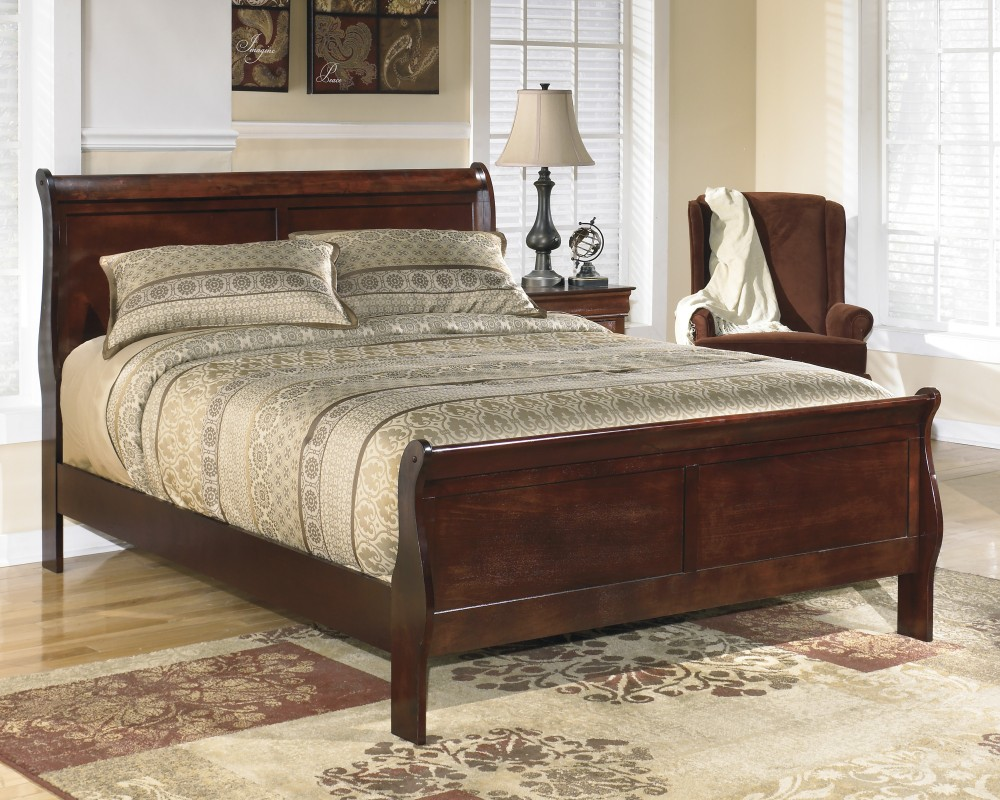 Alisdair Queen Sleigh Bed B376 81 96 Complete Beds South