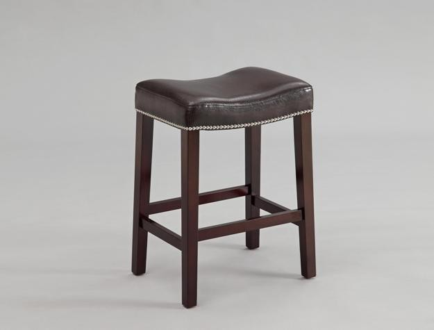 CROWN MARK Nadia Saddle Chair E