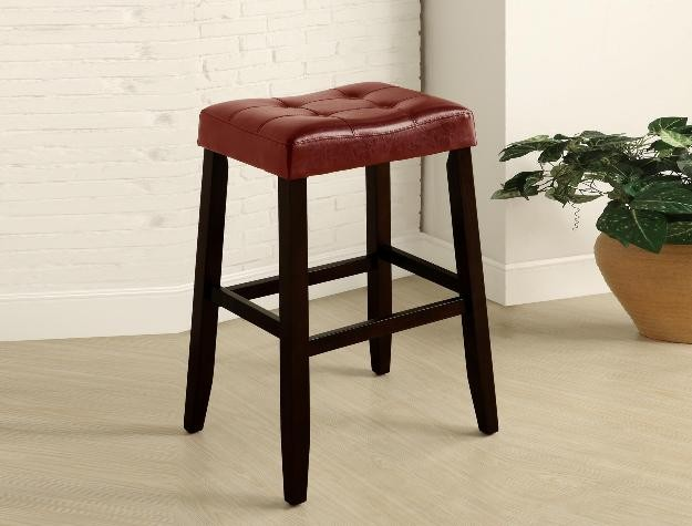 CROWN MARK Kent Saddle Chair 29