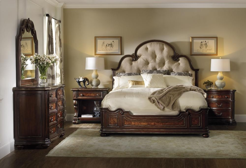 Grand Palais King Upholstered Panel Bed