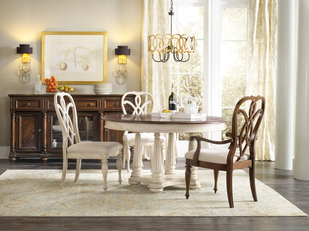 Leesburg Round Dining Table With One 18 Quot Leaf 548175201