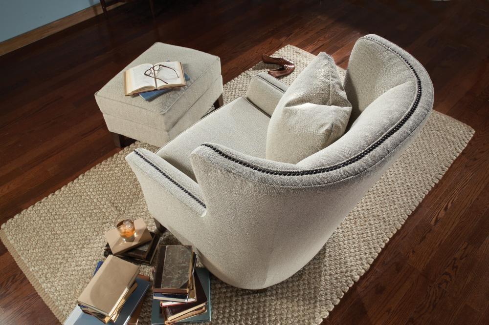 SMITH BROTHERS FURNITURE Stationary Chair