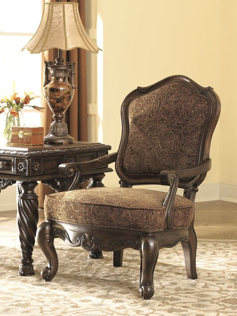 North Shore - Dark Brown - Showood Accent Chair