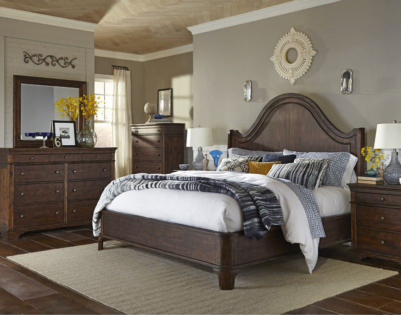 Trisha Yearwood Bedroom