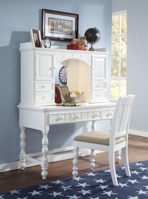 Samuel Lawrence Furniture Summertime Desk 8466414 Desks