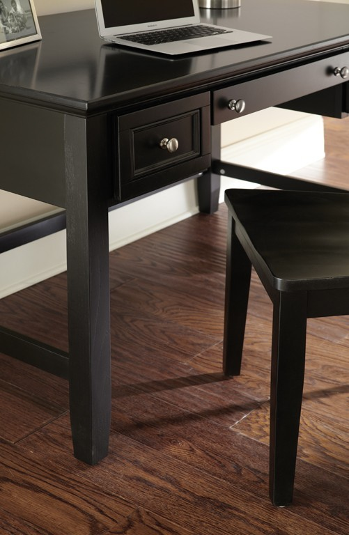 STEVE SILVER CO. Oslo Writing Desk, Black