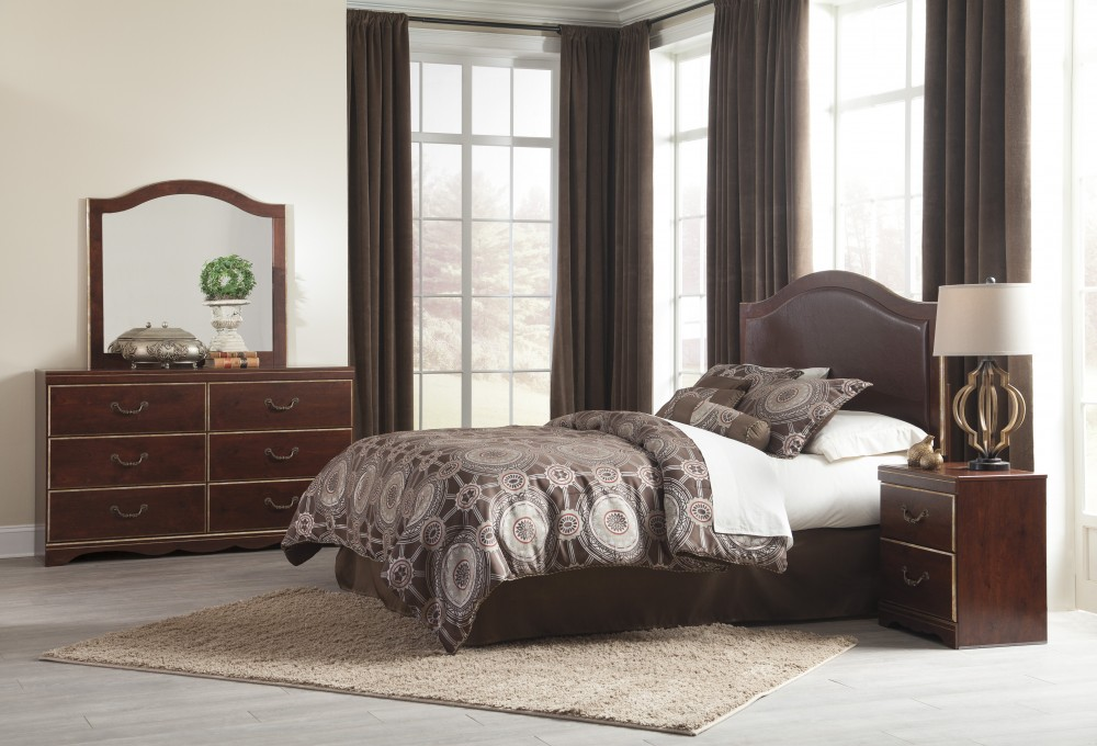 Chanlyn - Reddish Brown - Dresser