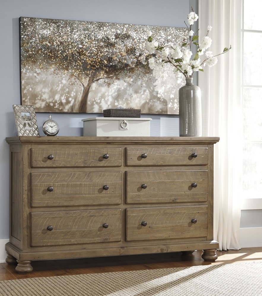 Trishley - Light Brown - Dresser