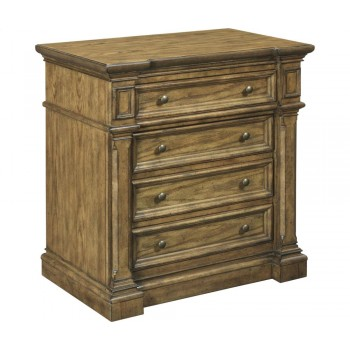 BROYHILL FURNITURE New Vintage 4-Drawer Nightstand