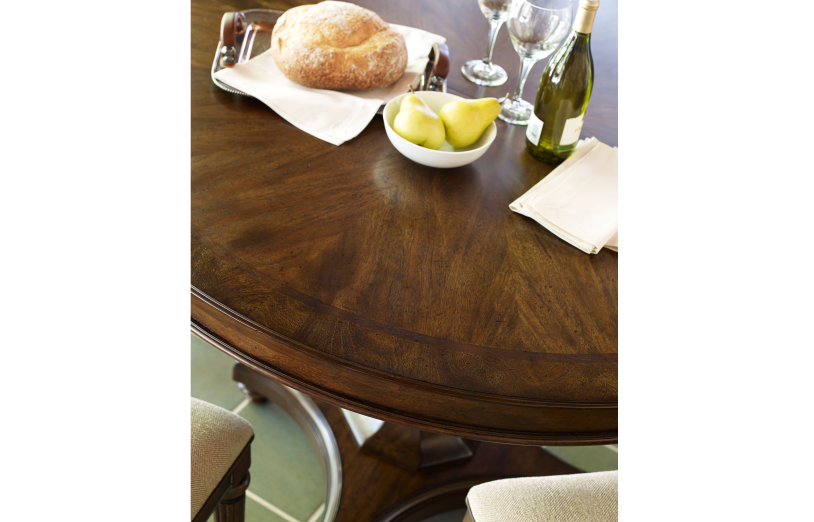 Barrington Farm High/Low Round To Oval Pedestal Table