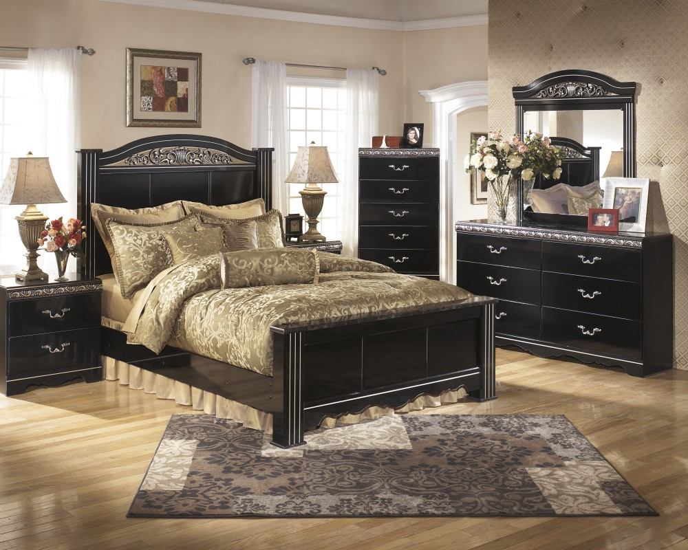 Constellations 7 Pc. Bedroom - Dresser, Mirror, Chest, Queen Poster Bed, Nightstand