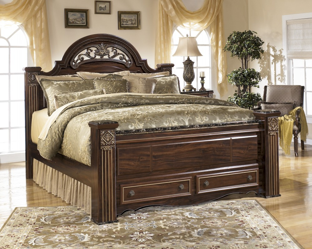 Gabriela King Poster Bed with Storage
