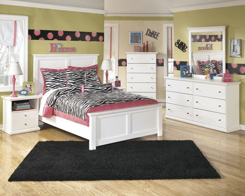 Bostwick Shoals Dresser, Mirror & Full Panel Bed
