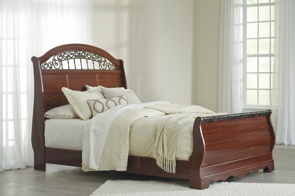 Fairbrooks Estate Queen Sleigh Bed