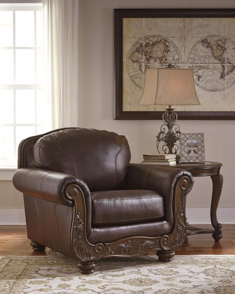 Mellwood - Walnut - Chair