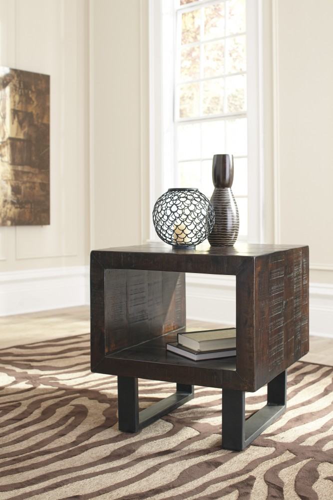 Parlone - Brown/Black - Rectangular End Table