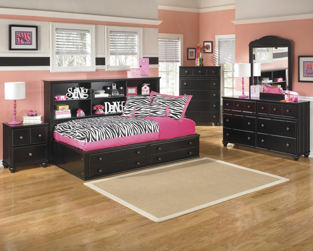 Jaidyn Twin Bookcase Bed, Dresser & Mirror