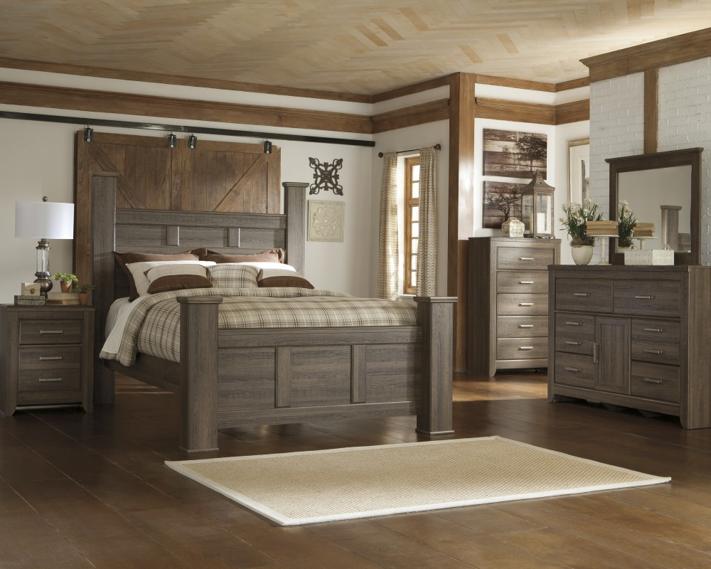 Juararo 5 Pc. Bedroom - Dresser, Mirror & Queen Poster Bed