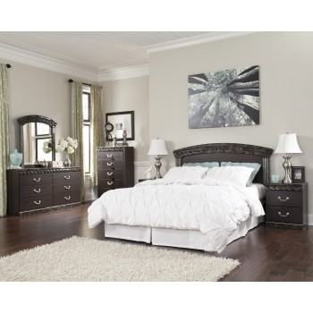 Vachel 3 Pc. Bedroom - Dresser, Mirror and Queen/Full Panel Headboard
