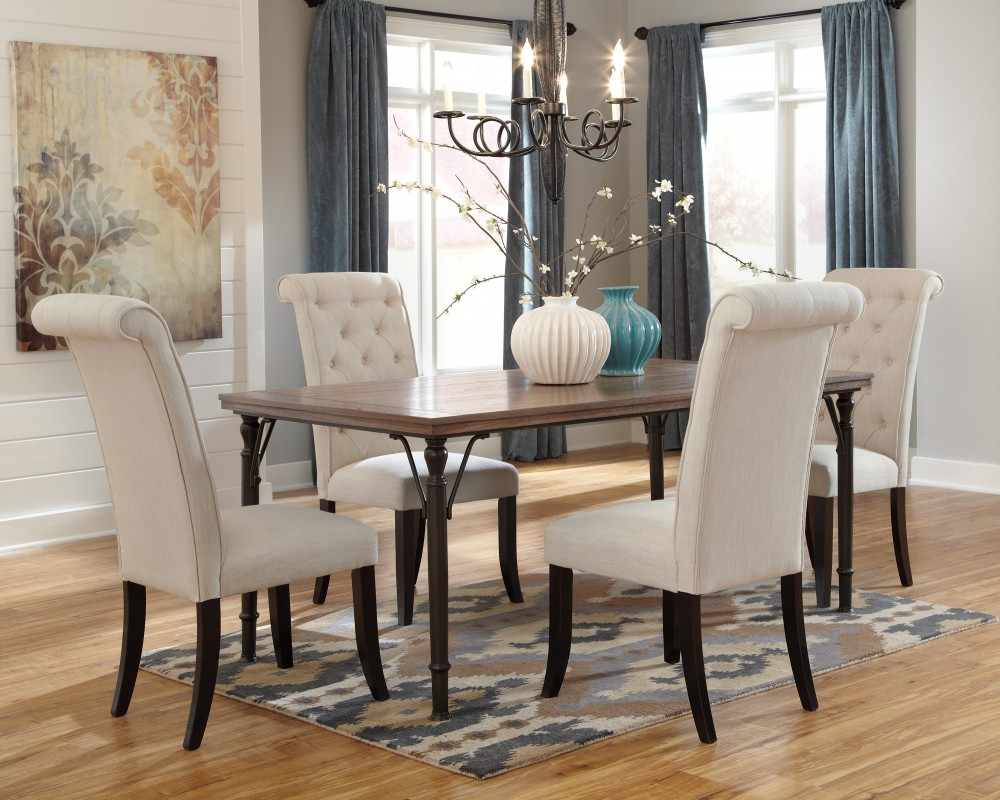 Tripton Rectangular Dining Room Table & 4 UPH Side Chairs