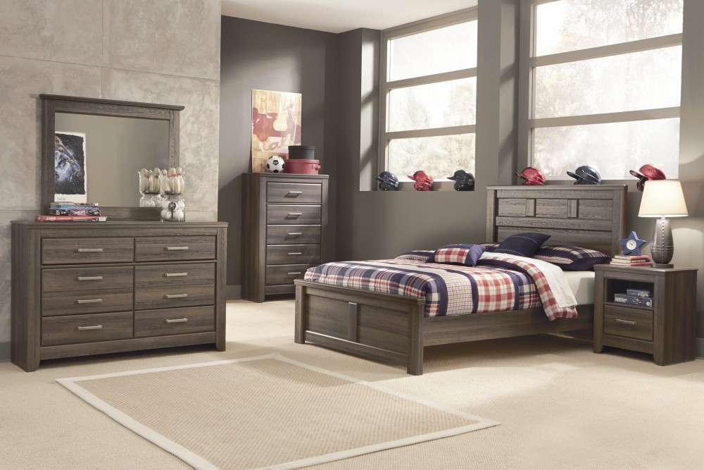 Juararo Full Bed, Dresser U0026 Mirror