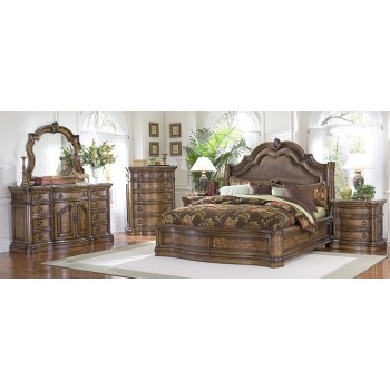 San Mateo Wingback Bedroom Collection