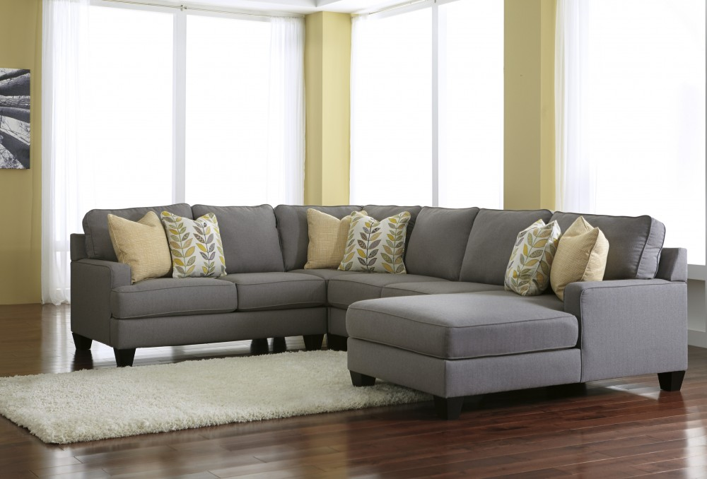 Chamberly - Alloy 4 Pc. RAF Corner Chaise Sectional